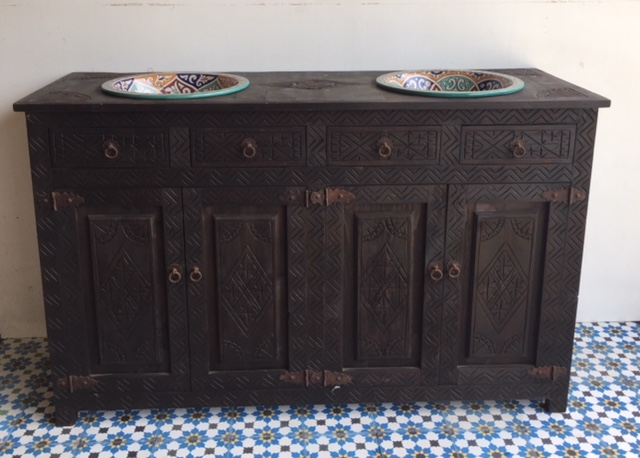 Moroccan bathroom vanity