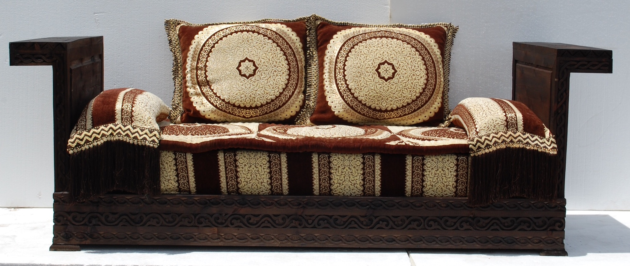 Moroccan Living Room Set Moroccan Sofa Chaioscom