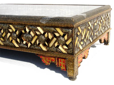 Large moroccan camel bone table