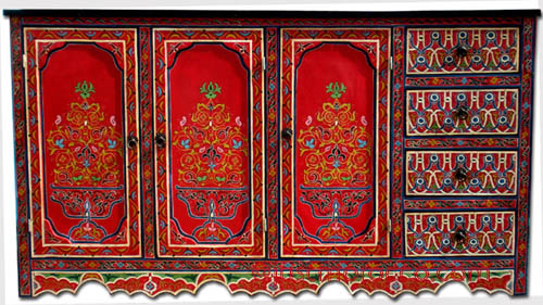 Painted furniture moroccan red buffet morccan painted for Moroccan hand painted furniture