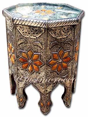 الديكور المغربي Silvernightstand11