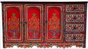 Moroccan red buffet
